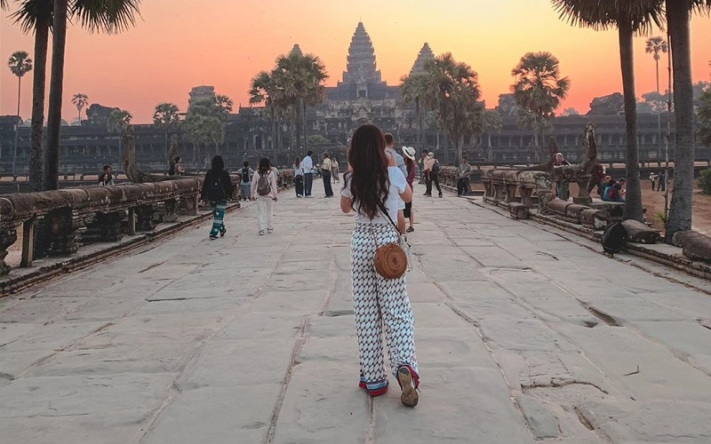 Explore the land of Cambodia for a memorable time